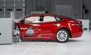 Краш-тест Model 3