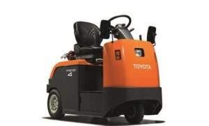 Электротягач Toyota