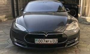 Электрокар Тесла в Казахстане