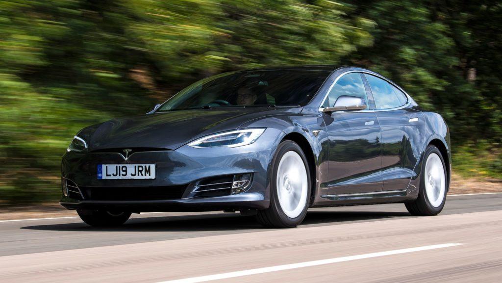 Tesla Model S - разгон